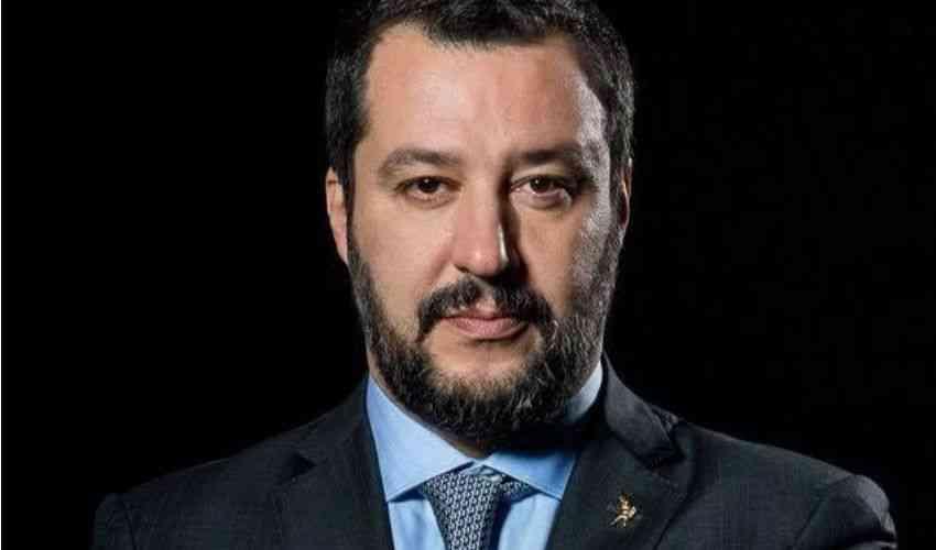 Chi è e quanto guadagna Matteo Salvini