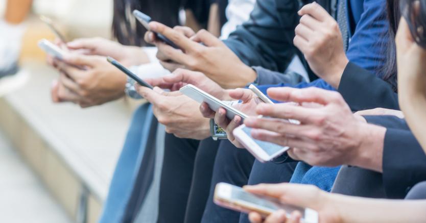 Telefonia mobile: come evitare gli extra costi