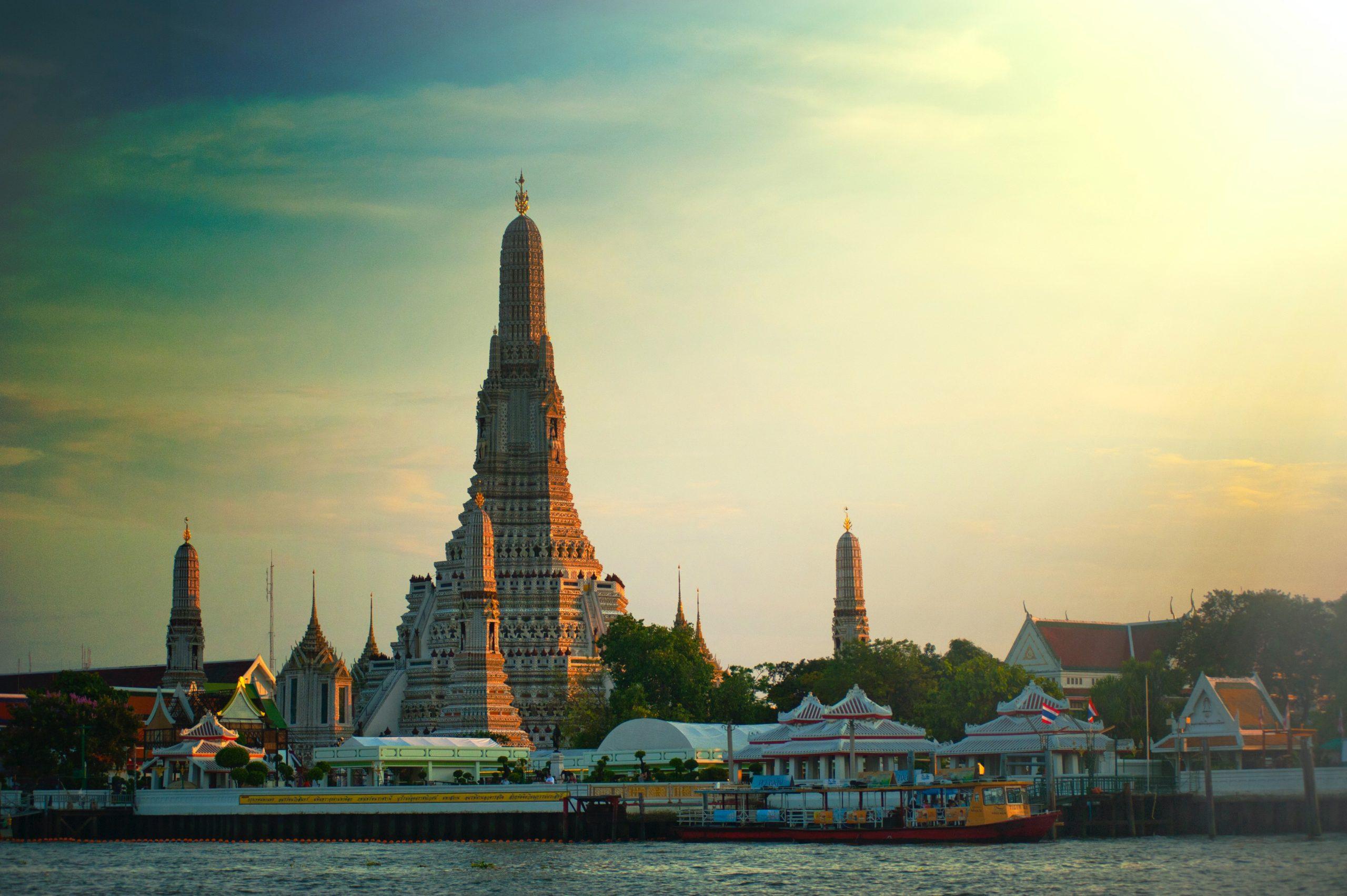Bond Thailandia